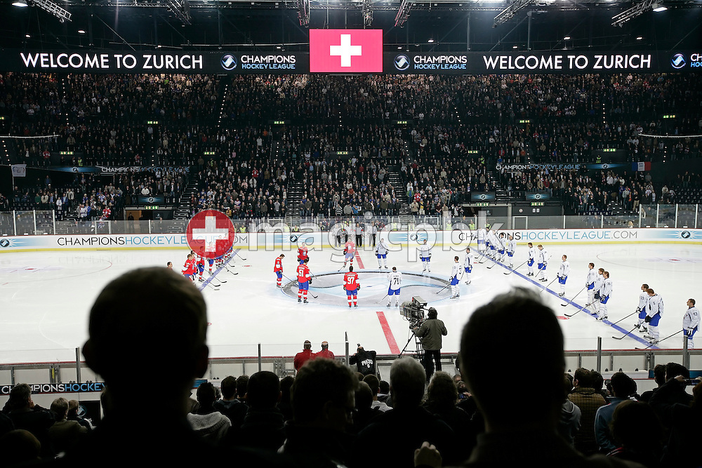 Both teams and the spectators listen to the Swiss national hymn prior to the ice hockey Campions League preliminary round group D game 20 between ZSC Lions of Switzerland and Linkoepings HC of Sweden held at the Hallenstadion in Zurich, Switzerland, Wednesday, November 19, 2008. (Photo by Patrick B. Kraemer / MAGICPBK)
