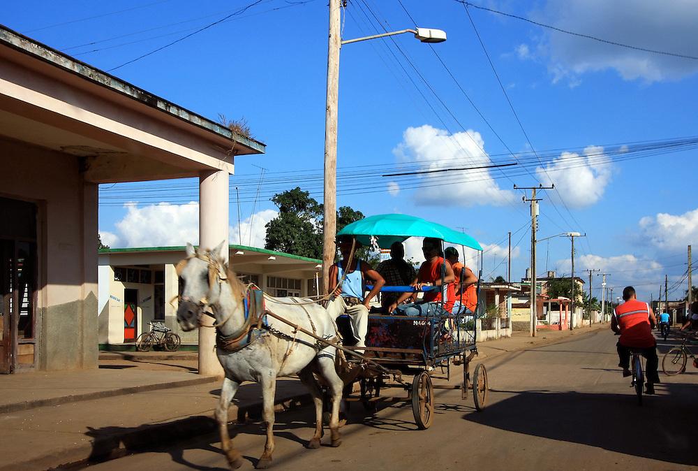 Coche de caballos, Aguada de Pasajeros, Cienfuegos, Cuba.