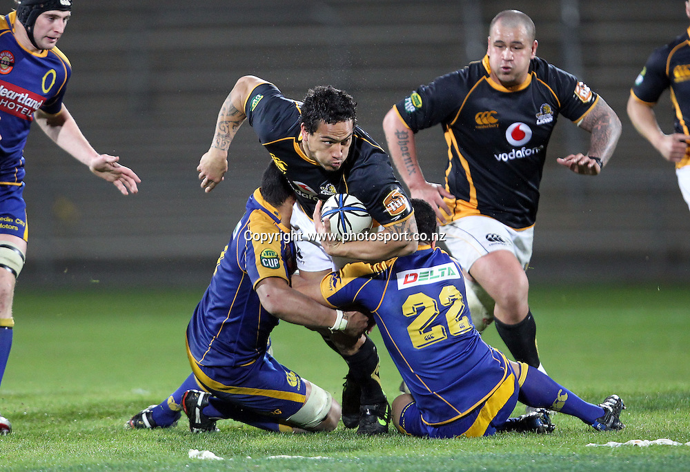 Hosea Gear looks to bust the Otago line.<br /> Rugby - ITM Cup - Mike Gibson Memorial Trophy - Otago v Wellington, 14 August 2010, Carisbrook, Dunedin, New Zealand.<br /> Photo: Rob Jefferies/PHOTOSPORT