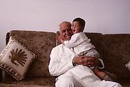 = Latif Zevulan, a Samaritan   Mont gerizim  Israel    +latif Zevulan, un samritain du mont Gerizim et son petit fils  Mont gerizim  Israel  +