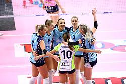 12-01-2019 ITA: Pomi Casalmaggiore - Il Bisonte Firenze, Cremona<br /> Team Firenze with Nika Daalderop #9 and Laura Dijkema #14<br /> <br /> *** Netherlands use only ***