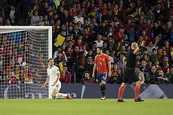 October 15, 2018 - Seville, Spain - HARRY KANE of England (L ) laments after receiving a foul during the UEFA Nations League Group A4 soccer match between Spain and England at the Benito Villamarin Stadium (Credit Image: © Daniel Gonzalez Acuna/ZUMA Wire)