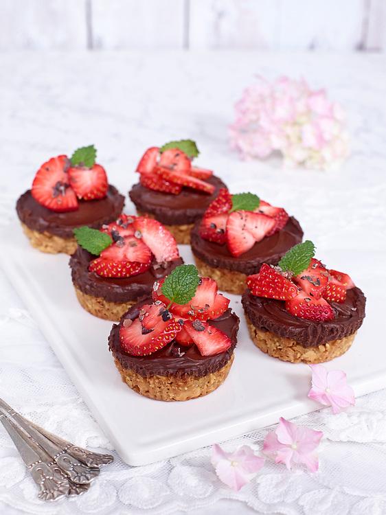 Motiv: Dessert Choklad<br /> Recept: Katarina Carlgren<br /> Fotograf: Thomas Carlgren<br /> Anv&auml;ndningsr&auml;tt: Publ en g&aring;ng i Desserttidning<br /> Annan publicering kontakta fotografen