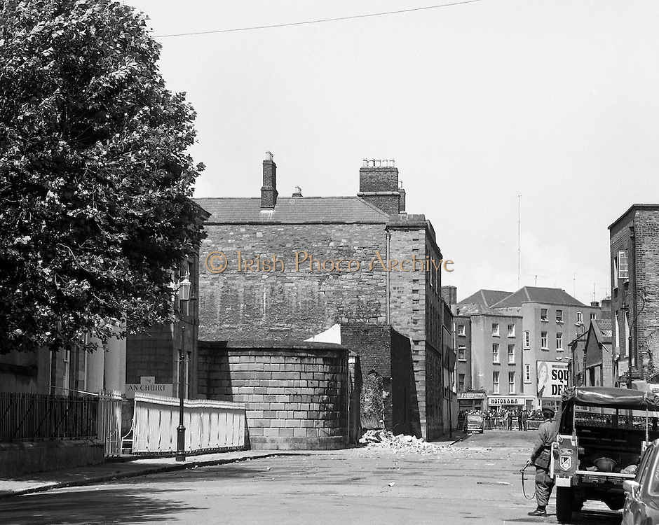 Bomb Damage, Green St. Court.15/07/1976.07/15/1976.15th July 1976.At the Special Criminal Court, Little Green Street, two bombs exploded causing extensive damage to the building. Four prisoners escaped, three of whom were subsequently re-captured.