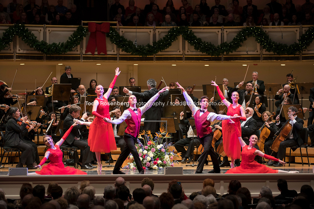 12/30/17 2:53:47 PM -- Chicago, IL, USA<br /> Attila Glatz Concert Productions' &quot;A Salute to Vienna&quot; at Orchestra Hall in Symphony Center. Featuring the Chicago Philharmonic <br /> <br /> &copy; Todd Rosenberg Photography 2017