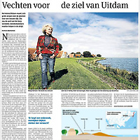 Parool 7 oktober 2013: protest dijkverhoging Uitdam