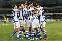 09.04.2016, Estadio de Anoeta, San Sebastian, ESP, Primera Division, Real Sociedad vs FC Barcelona, 32. Runde, im Bild Real Sociedad's players celebrate goal // during the Spanish Primera Division 32th round match between Real Sociedad and FC Barcelona at the Estadio de Anoeta in San Sebastian, Spain on 2016/04/09. EXPA Pictures © 2016, PhotoCredit: EXPA/ Alterphotos/ Acero<br /> <br /> *****ATTENTION - OUT of ESP, SUI*****