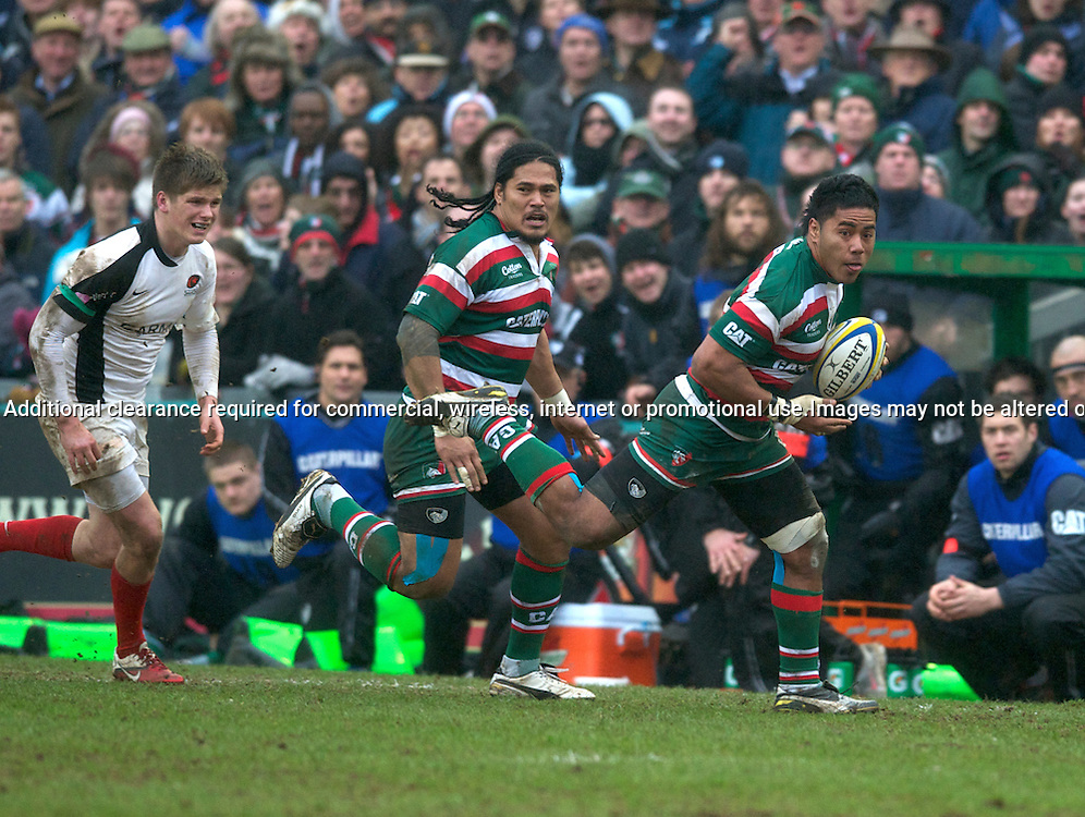 Rugby Union - AVIVA Premiership - Leicester Tigers vs. Saracens<br /> Manu Tuilagi of Leicester Tigers followed by Alesana Tuilagi of Leicester Tigers during the Leicester Tigers vs Saracens Aviva Premiership Rugby at Welford Road, Leicester, England on 5 March 2011. Photo Michael Paler/ Photosport.co.nz