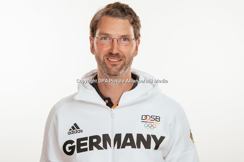 Thorsten Schmidt poses at a photocall during the preparations for the Olympic Games in Rio at the Emmich Cambrai Barracks in Hanover, Germany, taken on 21/07/16 | usage worldwide