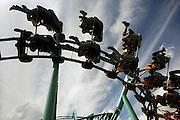 Duitsland, Bottrop, 17-7-2009Achtbaan met stoeltjes van het themapretpark Movie Park, movie world.Foto: Flip Franssen/Hollandse Hoogte