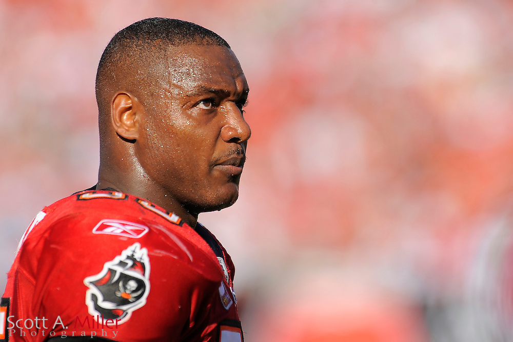 Tampa, Fl: Dec 28, 2008 -- Tampa Bay Buccaneers linebacker Derrick Brooks (55) during the Buccaneers game against the Oakland Raiders at Raymond James Stadium....©2008 Scott A. Miller
