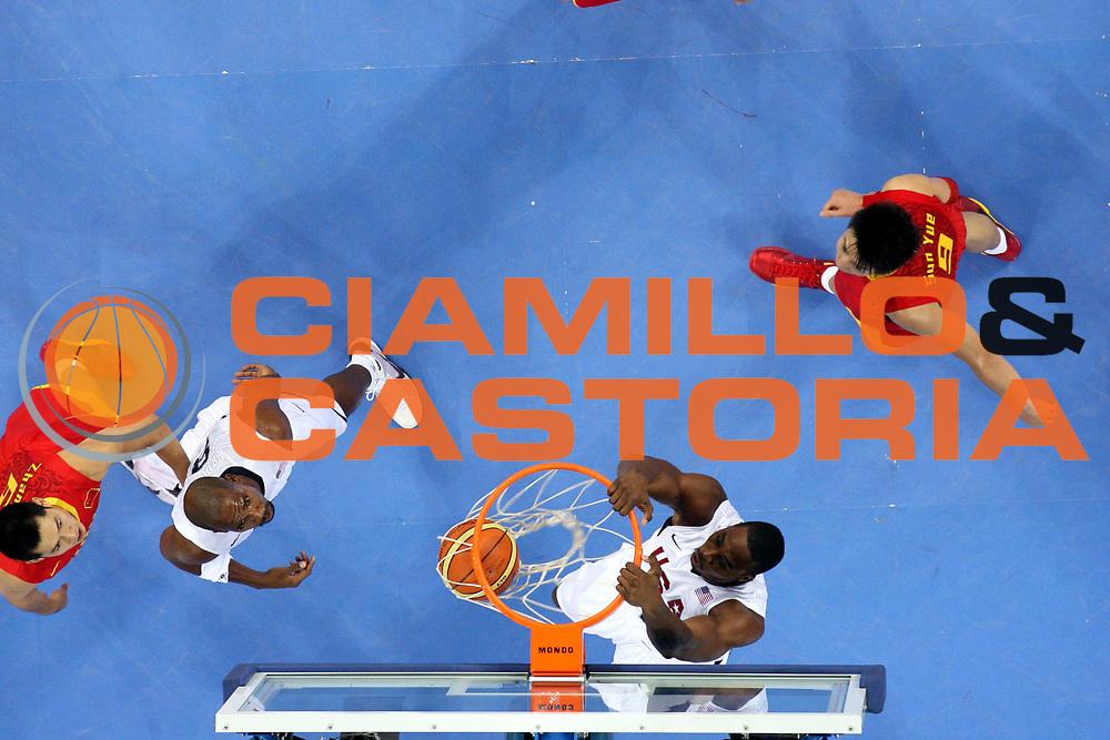 DESCRIZIONE : Beijing Pechino Olympic Games Olimpiadi 2008 Usa China<br />GIOCATORE : Dwight Howard<br />SQUADRA : Usa<br />EVENTO : Olympic Games Olimpiadi 2008<br />GARA : Usa China<br />DATA : 10/08/2008 <br />CATEGORIA : Schiacciata Super Special<br />SPORT : Pallacanestro <br />AUTORE : Agenzia Ciamillo-Castoria/G.Ciamillo<br />Galleria : Beijing Pechino Olympic Games Olimpiadi 2008 <br />Fotonotizia : Beijing Pechino Olympic Games Olimpiadi 2008 Usa China<br />Predefinita :
