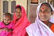 India, Uttarakhand, Rishikesh, 3 generations, Daughter, Mother and grandmother