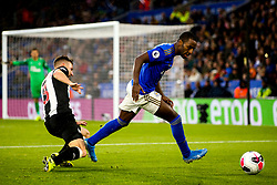 Ricardo Pereira of Leicester City takes on Paul Dummett of Newcastle United - Mandatory by-line: Robbie Stephenson/JMP - 29/09/2019 - FOOTBALL - King Power Stadium - Leicester, England - Leicester City v Newcastle United - Premier League
