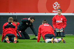 25.03.2016, Stadium Municipal, Wroclaw, POL, Training Fußballnationalmannschaft Polen, im Bild Wojciech Szczesny // during a practice session of Polish national football team before tomorrow friendly match between Poland and Finland at the Stadium Municipal in Wroclaw, Poland on 2016/03/25. EXPA Pictures © 2016, PhotoCredit: EXPA/ Newspix/ Sebastian Borowski<br /> <br /> *****ATTENTION - for AUT, SLO, CRO, SRB, BIH, MAZ, TUR, SUI, SWE only*****