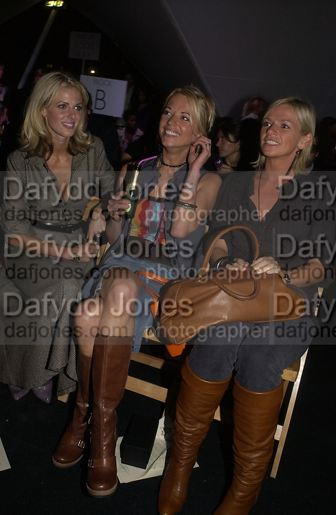 Donna Air, Sara Cox and Zoe Ball. Topshop Fashion Show and party. Berkeley Sq. London. 19  September 2005. ONE TIME USE ONLY - DO NOT ARCHIVE © Copyright Photograph by Dafydd Jones 66 Stockwell Park Rd. London SW9 0DA Tel 020 7733 0108 www.dafjones.com