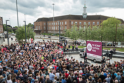 © Licensed to London News Pictures. 07/06/2017. London, UK. JEREMY CORBYN speaks to Labour supporters in Watford the day before Britain heads to the polls for the General Election. Photo credit: Rob Pinney/LNP