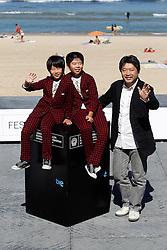 21.09.2011, Sebastian Donostia, ESP, 59. San Sebsatian Filmfestival, Zinemaldia, im Bild Japanese director Hirokazu Kore-Eda (R) poses with actors Oshiro Maeda (C) and his brother Koki Maeda (L) after the screening of their film 'Kiseki' (I Wish) during the 59th San Sebastian Donostia International Film Festival - Zinemaldia.September 20,2011. EXPA Pictures © 2011, PhotoCredit: EXPA/ Alterphoto/ Acero +++++ ATTENTION - OUT OF SPAIN/(ESP) +++++