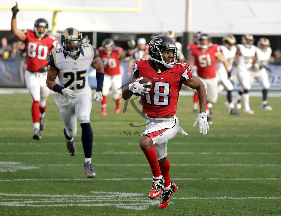 Atlanta Falcons wide receiver Taylor Gabriel runs for a touchdown during the second half of an NFL football game against the Los Angeles Rams Sunday, Dec. 11, 2016, in Los Angeles. (AP Photo/Rick Scuteri)