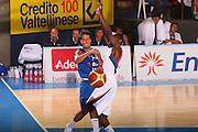DESCRIZIONE : Bormio Torneo Internazionale Maschile Diego Gianatti Italia Francia <br /> GIOCATORE : Massimo Bulleri <br /> SQUADRA : Nazionale Italia Uomini Italy <br /> EVENTO : Raduno Collegiale Nazionale Maschile <br /> GARA : Italia Francia Italy France <br /> DATA : 02/08/2008 <br /> CATEGORIA : Passaggio <br /> SPORT : Pallacanestro <br /> AUTORE : Agenzia Ciamillo-Castoria/S.Silvestri <br /> Galleria : Fip Nazionali 2008 <br /> Fotonotizia : Bormio Torneo Internazionale Maschile Diego Gianatti Italia Francia <br /> Predefinita :