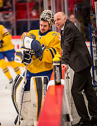 08.05.2013, Globe Arena, Stockholm, SWE, IIHF, Eishockey WM, Schweden vs Norwegen, im Bild Sverige Sweden 1 Goalkeeper Jhonas Enroth, Sverige Sweden assisterande tr©nare assistent Coach Stefan Lahde // during the IIHF Icehockey World Championship Game between Sweden and Norway at the Ericsson Globe, Stockholm, Sweden on 2013/05/08. EXPA Pictures © 2013, PhotoCredit: EXPA/ PicAgency Skycam/ Johan Andersson..***** ATTENTION - OUT OF SWE *****