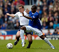 Photo. Jed Wee, Digitalsport<br /> NORWAY ONLY<br /> <br /> Everton v Bolton Wanderers, FA Barclaycard Premiership, 08/05/2004.<br /> Everton's Joseph Yobo (R) tries to stop Bolton's Kevin Davies.