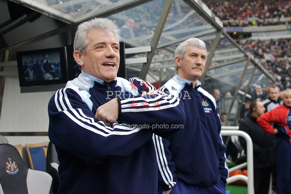 NEWCASTLE, ENGLAND - Sunday, February 3, 2008: Newcastle United's manager Kevin Keegan and assistant Terry McDermott during the Premiership match against Middlesbrough at St James' Park. (Photo by David Rawcliffe/Propaganda)