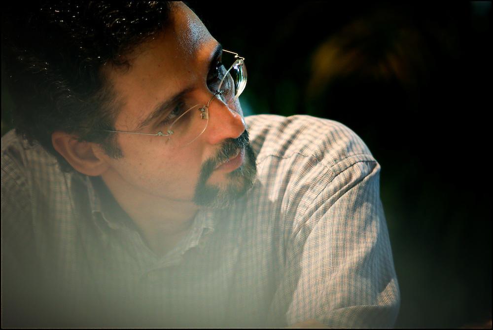 PORTRAITS / RETRATOS<br /> <br /> Jorge Abreu<br /> Escritor Venezolano<br /> Caracas - Venezuela 2008<br /> <br /> (Copyright &copy; Aaron Sosa)