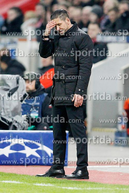 25.02.2015, BayArena, Leverkusen, GER, UEFA CL, Bayer 04 Leverkusen vs Atletico Madrid, Achtelfinale, Hinspiel, im Bild Trainer Diego Simeone (Atletico Madrid) // during the UEFA Champions League Round of 16, 1st Leg match between between Bayer 04 Leverkusen and Club Atletico de Madrid at the BayArena in Leverkusen, Germany on 2015/02/25. EXPA Pictures &copy; 2015, PhotoCredit: EXPA/ Eibner-Pressefoto/ EXPA/ Schueler<br /> <br /> *****ATTENTION - OUT of GER*****
