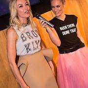 """NLD/Amsterdam/20130626 - Uitreiking Jackie""""s Best Dressed 2013, Renate Gerstanowitz - Verbaan en Nikkie Plessen"""