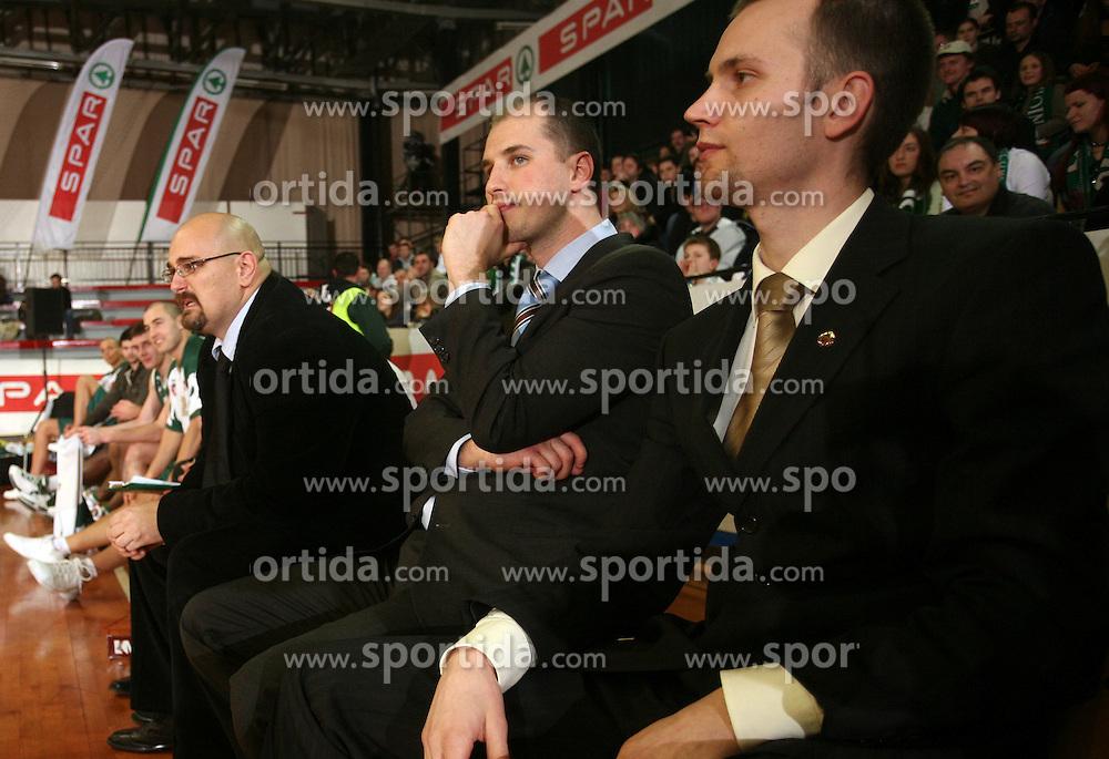 The coaches of Union Olimpija (from left: Aleksandar Dzikic, Bojan Lazic and Gasper Potocnik) during the final match of Spar Cup 2007-08 between Union Olimpija, Ljubljana, Slovenia, and Helios Domzale, Slovenia, on February 10, 2008, in Arena Kodeljevo, Ljubljana, Slovenia. Match and Cup was won by Union Olimpija, who defeated Helios Domzale in final match with 85:66. (Photo by Vid Ponikvar / Sportal Images).