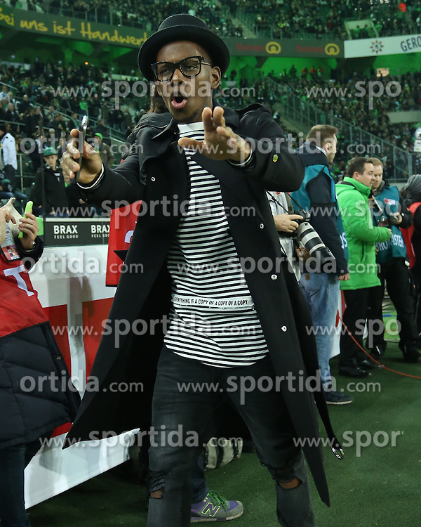 20.12.2015, Stadion im Borussia Park, Moenchengladbach, GER, 1. FBL, Borussia Moenchengladbach vs SV Darmstadt 98, 17. Runde, im Bild Ibrahima Traore (#16, Borussia Moenchengladbach) // during the German Bundesliga 17th round match between Borussia Moenchengladbach andSV Darmstadt 98 at the Stadion im Borussia Park in Moenchengladbach, Germany on 2015/12/20. EXPA Pictures &copy; 2015, PhotoCredit: EXPA/ Eibner-Pressefoto/ Deutzmann<br /> <br /> *****ATTENTION - OUT of GER*****