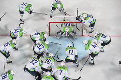 Team Slovenia during the 2017 IIHF Men's World Championship group B Ice hockey match between National Teams of Slovenia and Norway, on May 9, 2017 in Accorhotels Arena in Paris, France. Photo by Vid Ponikvar / Sportida