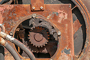 Rusty cogwheel and pneumatic mechanism