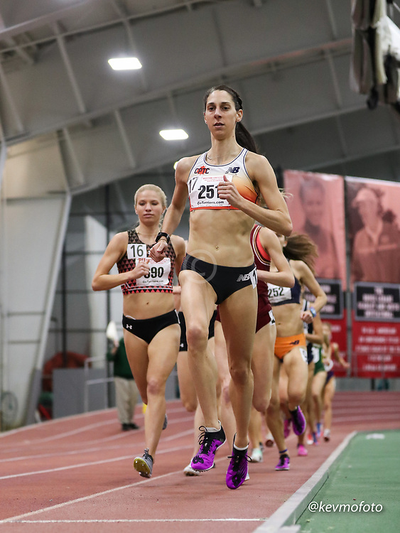 Bruce LeHane Scarlet and White<br /> Indoor Track & Field<br /> womens 3000m, CPTC, NB, Stephanie Herrick