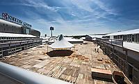 DEN HAAG - Het promodorp in aanleg.  In het Kyocera Stadion, waar normaal de voetbalclun  in de Eredivisie, ADO Den Haag speelt , is het Greenfields Hockeyveld aangelegd waar op  van 31 mei tm 15 juni de Wereldkampioenschappen hockey zullen worden gespeeld. COPYRIGHT KOEN SUYK