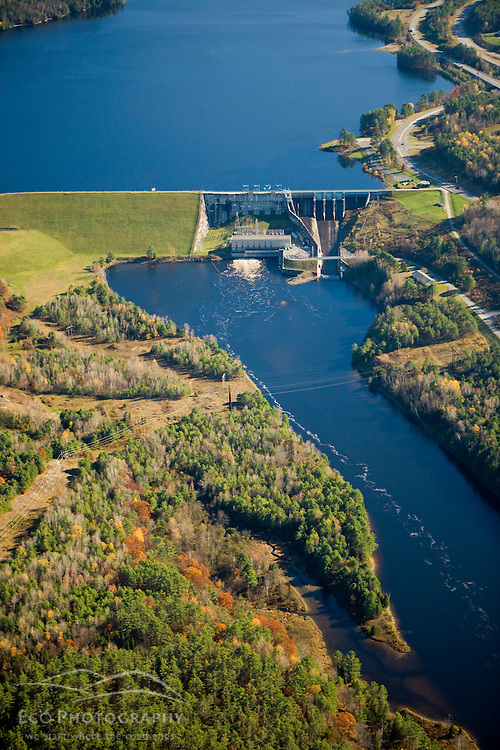 The Moore Dam and Moore Reservoir on the Connecticut River in ...