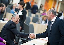 "24.04.2019, Hofburg, Wien, AUT, Parlament, Nationalratssitzung, Sitzung des Nationalrates mit Aktuellen Stunde der Neos mit dem Titel ""Diese Regierung hat keine Ahnung vom Internet"", im Bild Nationalratsabgeordneter SPÖ Andreas Schieder und Nationalratspräsident Wolfgang Sobotka (ÖVP) // Member of the National Council Andreas Schieder (SPOe) and President of the National Council Wolfgang Sobotka (OeVP) during meeting of the National Council of austria due to the topic ""Internet"" at Hofburg palace in Vienna, Austria on 2019/04/24, EXPA Pictures © 2019, PhotoCredit: EXPA/ Michael Gruber"