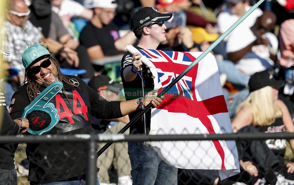November 2, 2019, Austin, United States of America: Motorsports: FIA Formula One World Championship 2019, Grand Prix of United States, .Fans of #44 Lewis Hamilton (GBR, Mercedes AMG Petronas Motorsport) (Credit Image: © Hoch Zwei via ZUMA Wire)