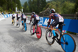 CANYON//SRAM Racing on their way to victory at UCI Road World Championships 2018 - Women's Team Time Trial, a 54 km team time trial in Innsbruck, Austria on September 23, 2018. Photo by Sean Robinson/velofocus.com