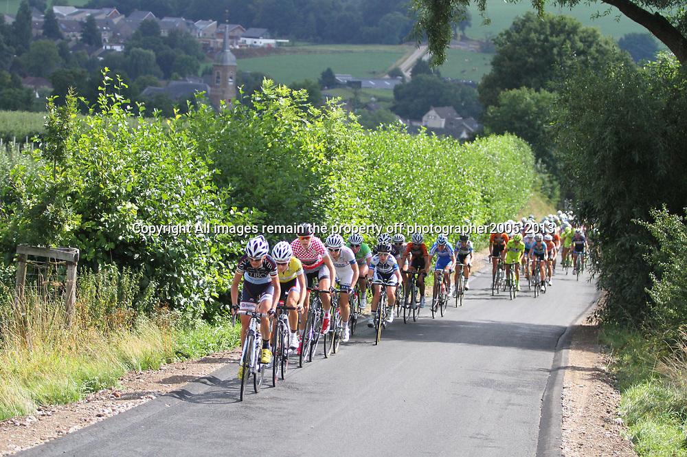 Boels Rental Ladiestour 2013 Stage 6 Bunde - Berg en Terblijt Sfeerillustratuie
