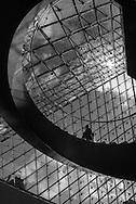 France. Paris. 1st district. Louvre museum. / Musee du Louvre. A l'interieur de la Pyramide