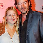 NLD/Blaricum/20121104 - Benefietavond The Red Sun Blaricum  t.b.v. Stop Kindermisbruik, Jeroen Nieuwenhuize en partner Kayla Bredewold
