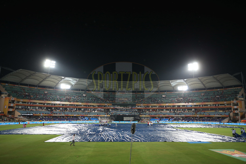 Rain stops play during match 22 of the Vivo IPL 2016 (Indian Premier League) between the Sunrisers Hyderabad and the Rising Pune Supergiants held at the Rajiv Gandhi Intl. Cricket Stadium, Hyderabad on the 26th April 2016<br /> <br /> Photo by Shaun Roy / IPL/ SPORTZPICS