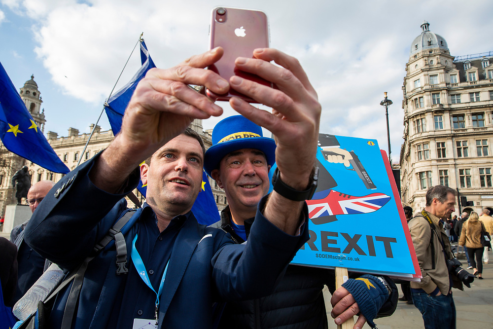 Steve Bray doing a selfie with a fan. Part of the  pro EU demonstrators who have been outside parliament on a daily basis since September 2017 after the country voted to leave the European Union. House of Commons, Westminster, London, United Kingdom  (photo by Andrew Aitchison / In Pictures via Getty Images)