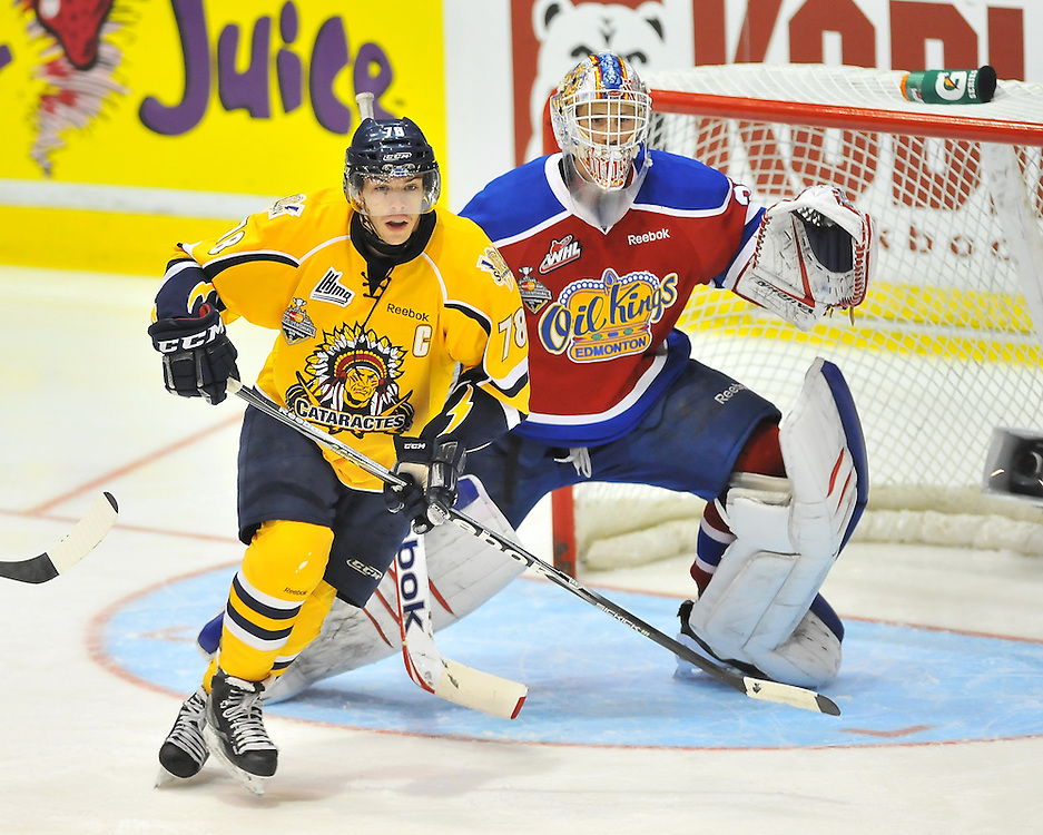 Action from Game 7 of the 2012 MasterCard Memorial Cup between the Shawinigan Cataractes and the Edmonton Oil Kings in Shawinigan, Quebec on Thursday May 24, 2012. Photo by Terry Wilson / CHL Images.