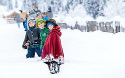 THEMENBILD - die Alperer spazieren im Schnee. In Krimml hat sich der Brauch des Alperns erhalten, den man anderswo kaum noch kennt. Am Wochenende um Martini ziehen Buben mit Kuhglocken von Haus zu Haus. Das laute Läuten soll böse Geister vertreiben. Die Alperer sind zwischen acht und 14 Jahren alt. Sie besuchen dabei rund 150 Haushalte, aufgenommen am 12. November 2016, Krimml, Österreich // In Krimml, the tradition of Alpern have been preserved, which are hardly known elsewhere. At the weekend around Martini, boys with cowbells move from house to house. The loud ringing is to drive out evil spirits. The Alperers are between eight and 14 years old. They visit about 150 households, Krimml, Austria on 2016/11/12. EXPA Pictures © 2016, PhotoCredit: EXPA/ JFK