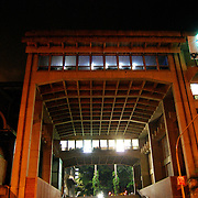 BIBLIOTECA NACIONAL<br /> Photography by Aaron Sosa<br /> Caracas - Venezuela 2008<br /> <br /> La Biblioteca Nacional de Venezuela (BNV) es un servicio público, se encuentra ubicado en el Distrito Capital, Municipio Libertador, Parroquia Altagracia, al final de la Avenida Panteón en Caracas, creado el 13 de julio de 1833, por Decreto Presidencial, bajo el gobierno del General José Antonio Páez. En la actualidad, tiene el carácter de Instituto Autónomo, adscrito al Ministerio de la Cultura establecido mediante Ley promulgada el 27 de julio de 1977.<br /> <br /> En un edificio de 80 mil metros cuadrados, alberga cerca de tres millones de volúmenes de libros. Adicionalmente, la colección incluye otro tanto de ejemplares hemerográficos, documentales y audiovisuales bien conservados. La Biblioteca cuenta con cinco incunables, de los cuales, el ejemplar más antiguo está fechado en 1471.