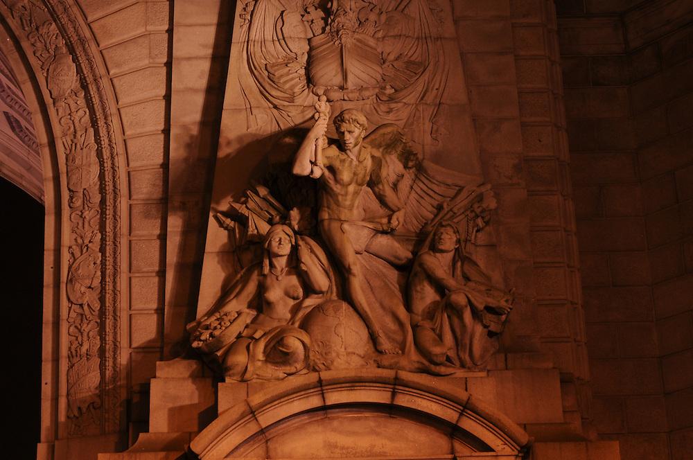Manhattan Bridge Entry Sculpture, Spirit of Commerce by Carl Augustus Heber, Manhattan, New York City, New York, USA