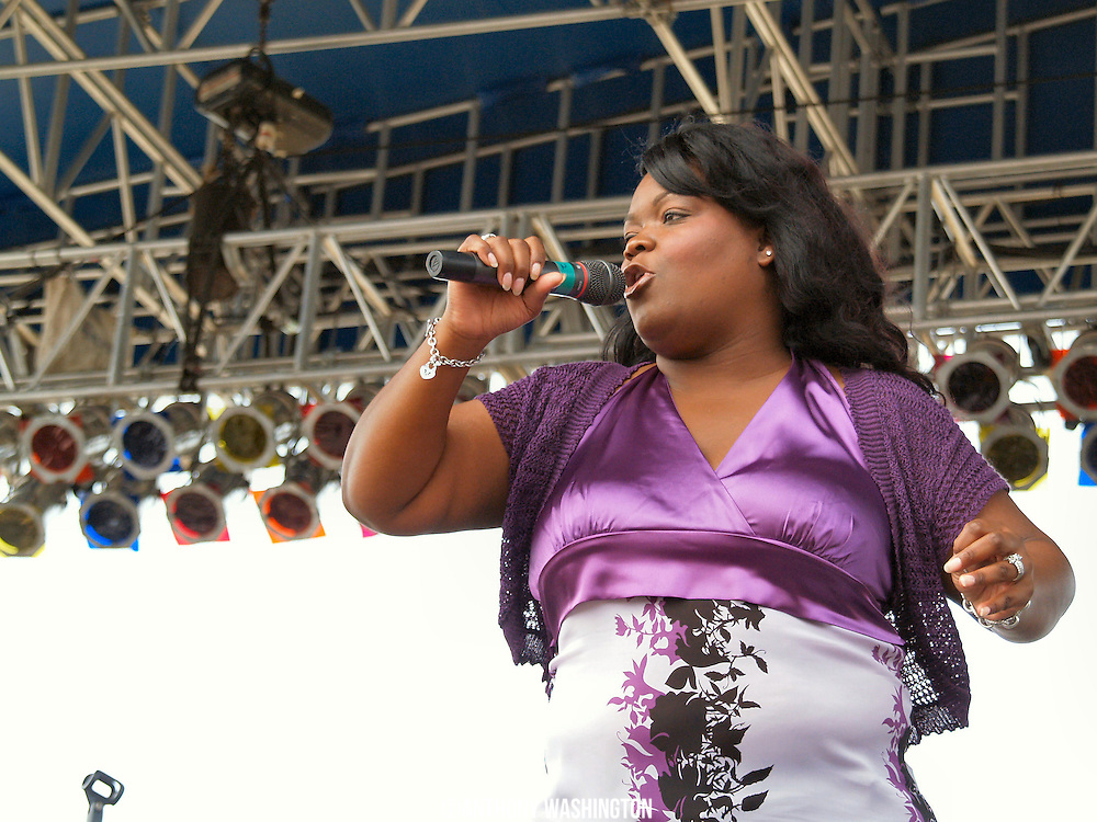 Shameka Copeland performs during the Chesapeake Bay Blues Festival at Sandy Point State Park in Annapolis, MD on Sunday, August 5, 2007.